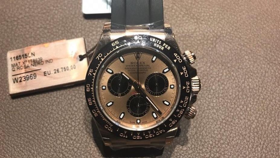 Часы продать как правильно кляйн часы стоимость кальвин