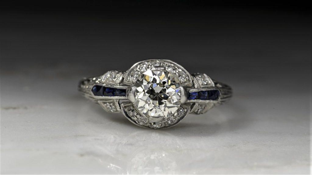 продать бриллианты в Москве